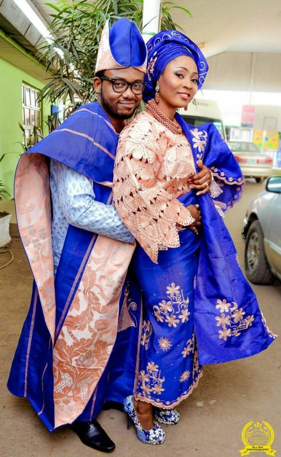 2020 traditional wedding attire for elegant style! 15