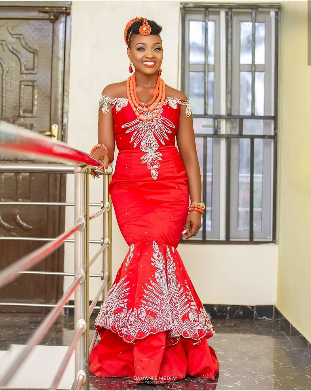 2020 GOWNS NIGERIAN STYLES FOR WOMEN LOVE TRADITIONAL LOOK! 4