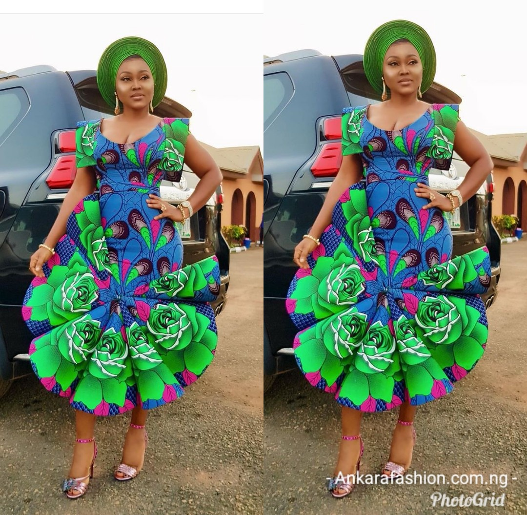 ANKARA GOWN 2020 STYLES MAKES THE LADY SLIMMER AND TALLER! 1