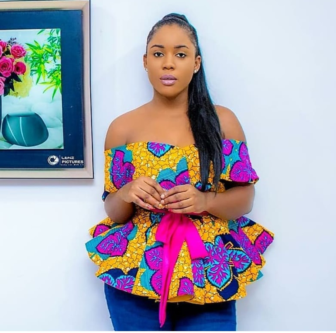 BEAUTIFUL ANKARA STYLE 2020 : STYLES FOR BEAUTIFUL AND CLASSY LADY 1