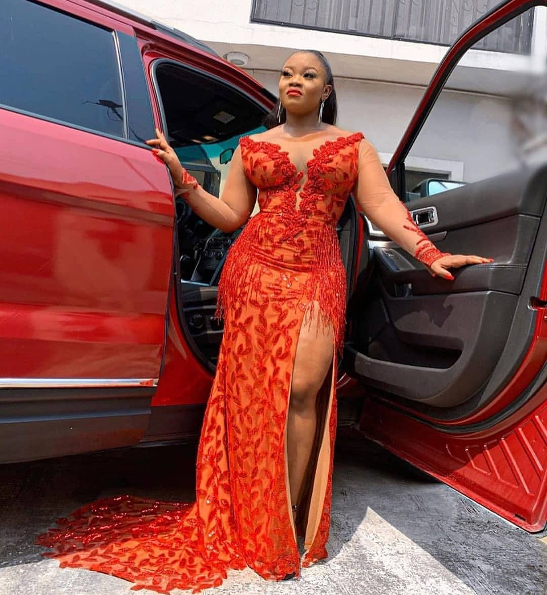 TRADITIONAL 2020 DESIGNS VARIOUS STYLES FOR AFRICAN ATTRACTIVE LADY 1