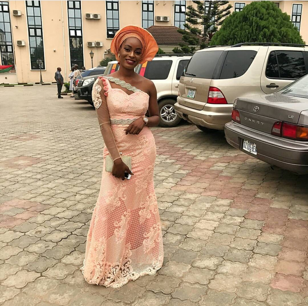 EVENING SEXY DRESSES- ASO-EBI STYLES 2020 WITH ATTRACTIVE FABRICS 4