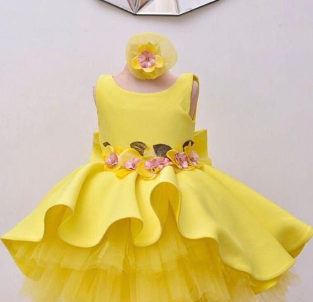 10 AMAZING CUTE GIRLS GOWNS STYLES 2020, YOU AND YOUR GIRL WILL LOVE THEM. 3