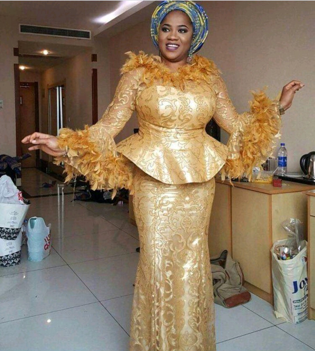 TRADITIONAL 2020 DESIGNS VARIOUS STYLES FOR AFRICAN ATTRACTIVE LADY 5