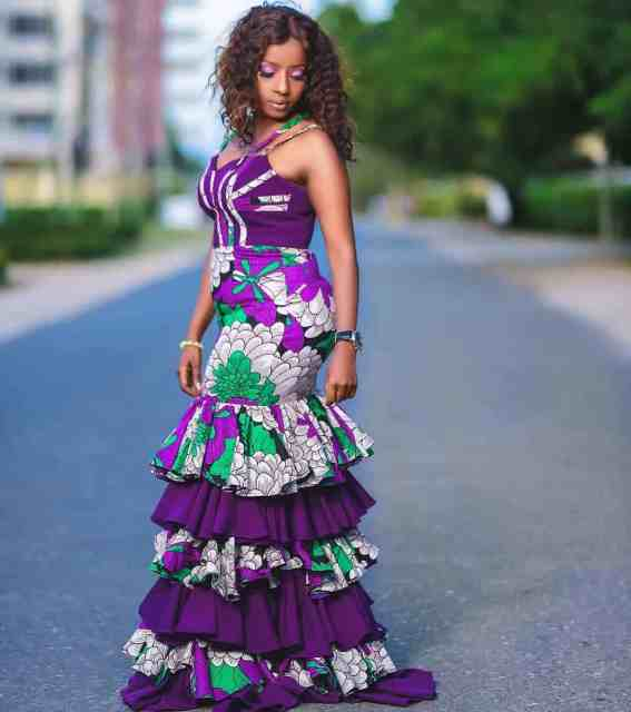 LATEST AFRICAN TRADITIONAL DRESSES