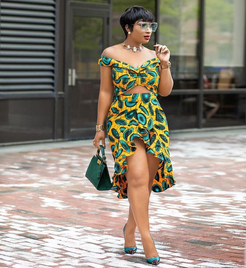 BEAUTIFUL ANKARA DRESSES WITH MODERN FABRICS 4